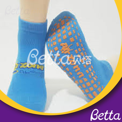 Customized Size Anti-slip Custom Trampoline Grip Park Socks