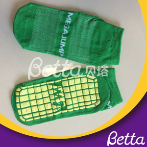 2019 High Quality Polyester Anti-skid Trampoline Socks with Grip